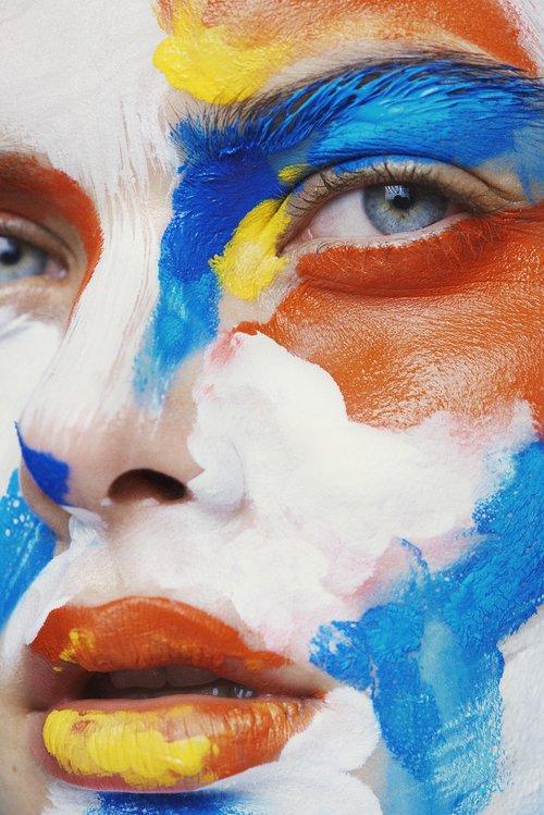 Makeup-artist Marie Damsel